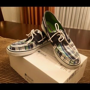 Cute Sperry blue, green and white boat shoes.